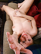Knockout adult girl strips and additionally takes on with her vagina