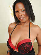 41 yr old ebony MILF Sapphire from 30 plus Ladies getting stressful along with it