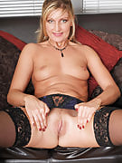 Hot MILF Yasmin after 30 plus Ladies spreads her 34 yr old thighs in there