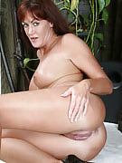 Redheaded MILF Shauna performances off the lady fast rear within these images
