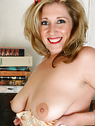 Organically busty sunlight E takes on along with her boobs at just the office