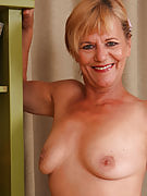 Golden-haired and also 56 years of age Lili strips away her panties to expose all-natural bush