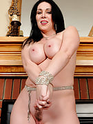 Elegant and sexy RayVeness shows off  this girl 38 year past times pussy here