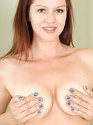 39 year older Xena after 30 plus Ladies spreads the lady lacy thighs wide in for you
